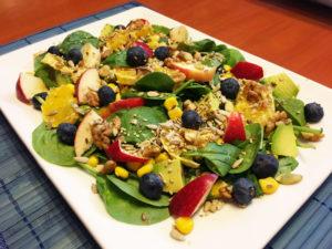 Ensalada mixta de frutas y verduras