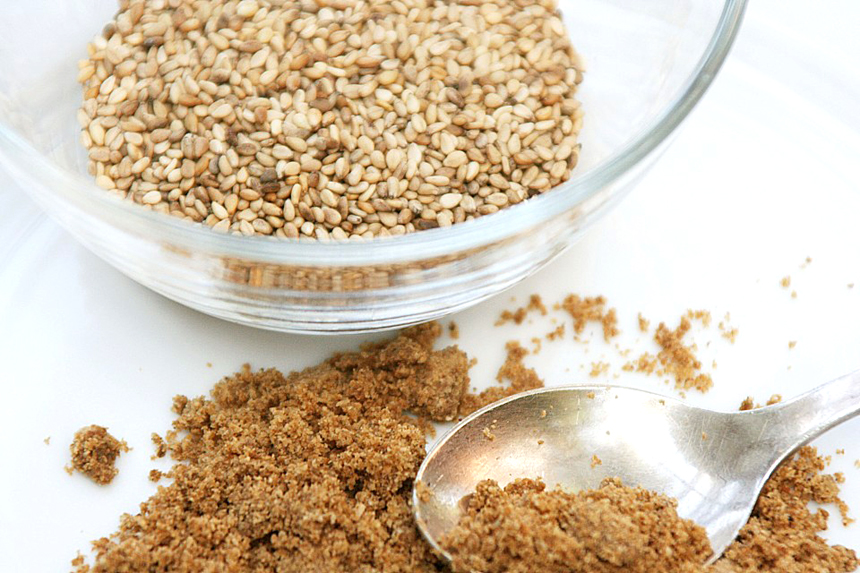 Gomasio o sal de sésamo: qué es y cuales son sus propiedades