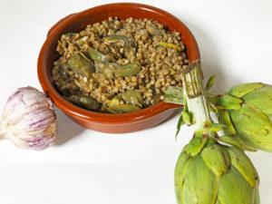 Hoy os presentamos una receta de trigo sarraceno con alcachofas