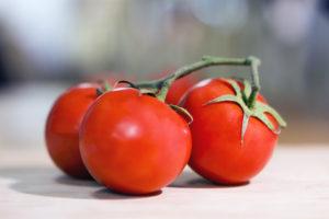 beneficios a destacar del tomate
